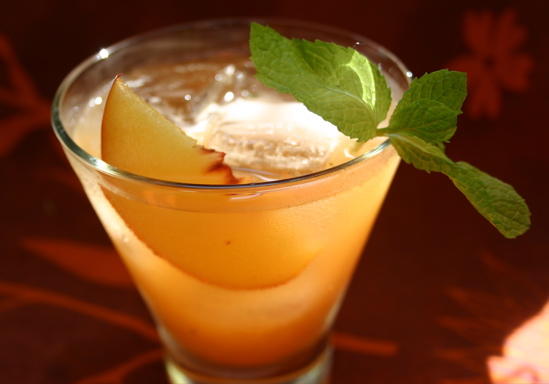 Cocktail di pesche