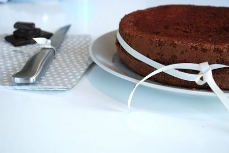 Ricetta torta al cioccolato e mandorle