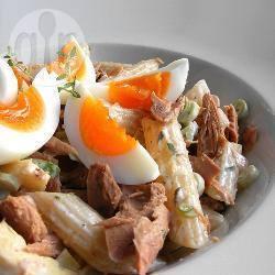 Insalata di pasta con tonno e uova