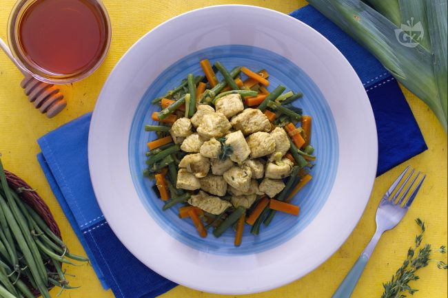 Ricetta tacchino al curry con verdure croccanti