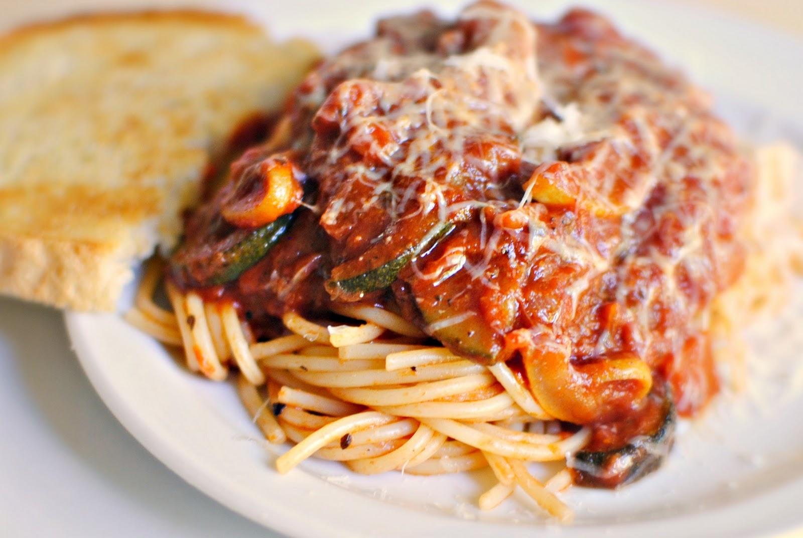 Ricetta Bolognese Vegetariana.Ricetta Ragu Vegetariano Le Ricette Di Buonissimo