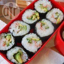 Ricetta base dei rotolini di sushi al pesce