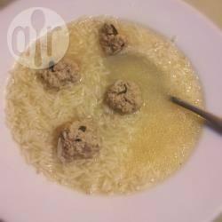 Minestra di riso e polpettine