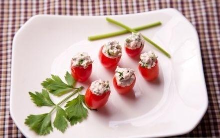 Ricetta pomodorini ripieni con crema di formaggio