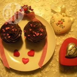 Muffin al cioccolato con ganache al cioccolato fondente