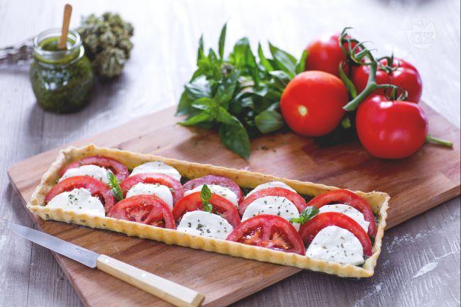 Ricetta torta salata caprese