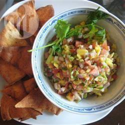 Salsa di avocado, mango e pomodoro
