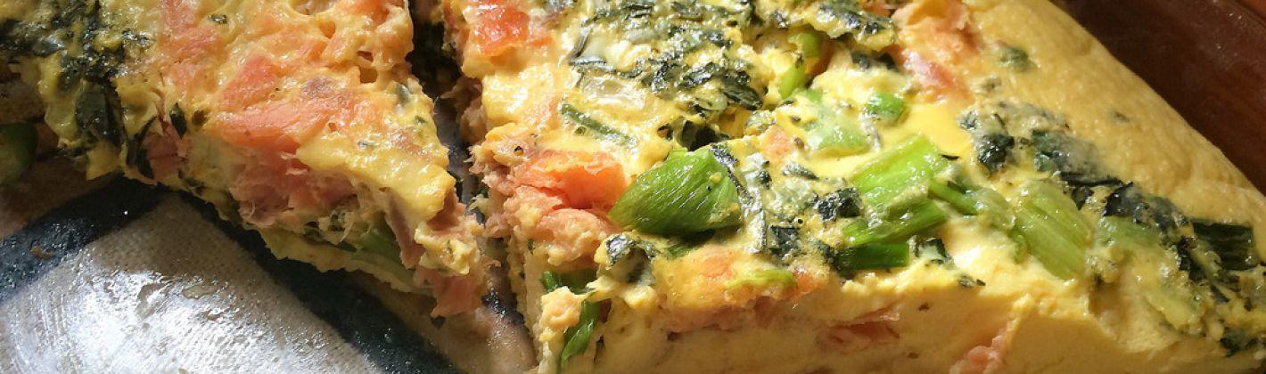 Ricetta frittata con salmone e asparagi