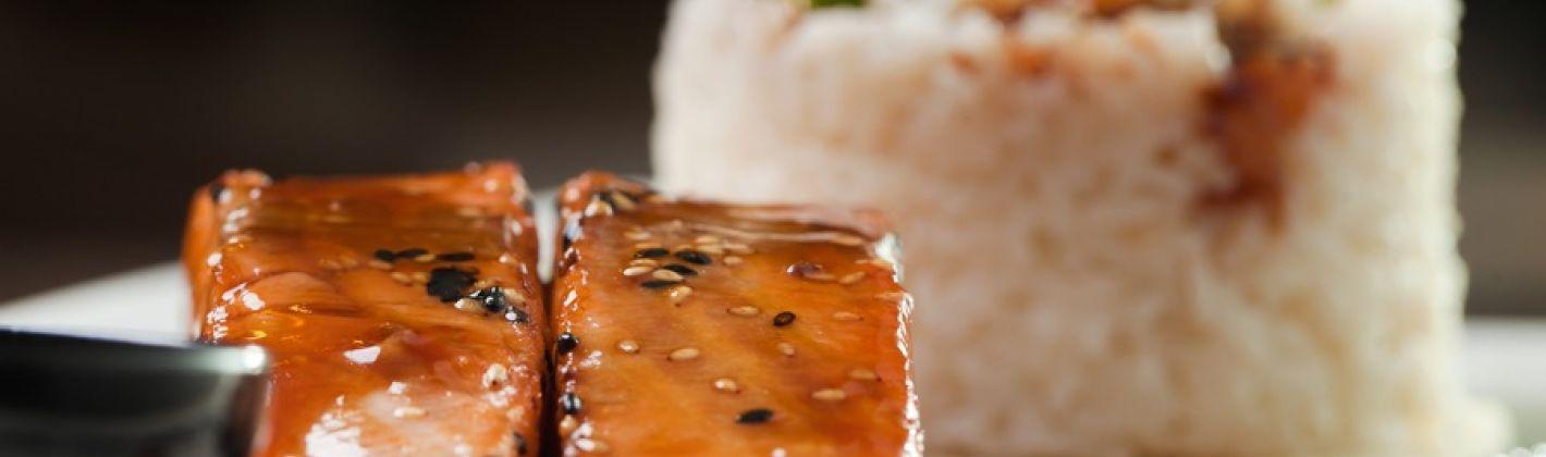 Ricetta salmone aromatico in padella
