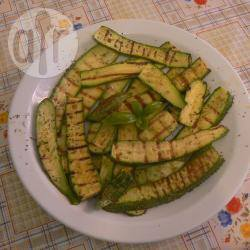 Zucchine grigliate all'origano e basilico