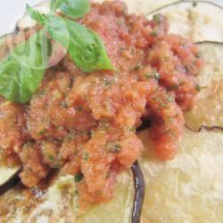 Melanzane grigliate con pomodori freschi