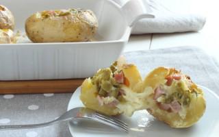Ricetta patate ripiene di prosciutto, formaggio e fagiolini