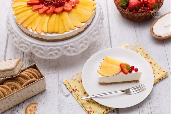 Ricetta cheesecake alle pesche senza lattosio e senza glutine