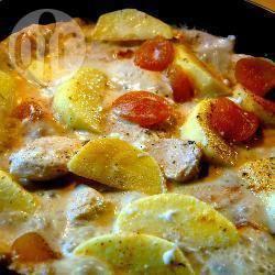 Petti di pollo con panna e frutta