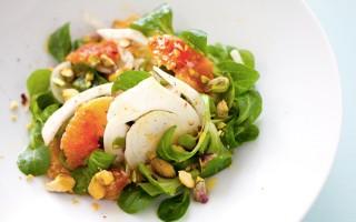 Ricetta insalata di arance, songino, pistacchi e finocchi