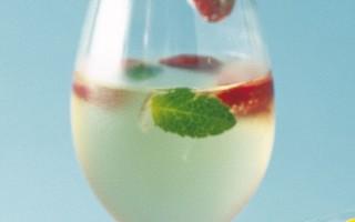 Ricetta vino gelato alle fragole