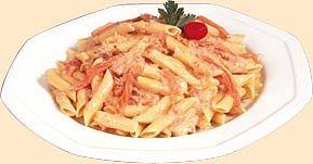 Ricetta pasta alla crema rosa di salmone