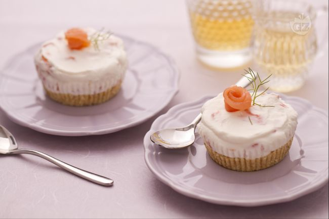 Ricetta mini cheesecake al salmone