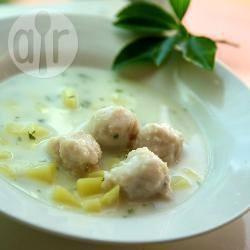 Zuppa di verdure con polpettine di pesce