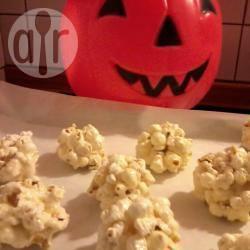 Palle di popcorn con marshmallows