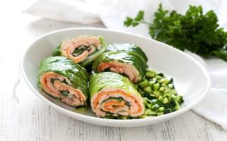 Ricetta salmone con ragù di zucchine
