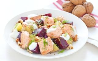 Ricetta insalata tiepida di patate, barbabietola e salmone ...