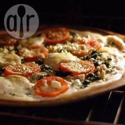 Pizza velocissima con mozzarella