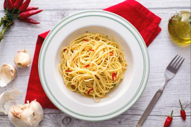 Ricetta spaghetti aglio olio e peperoncino