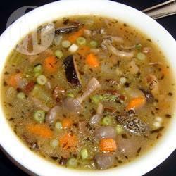 Zuppa di verdure e funghi