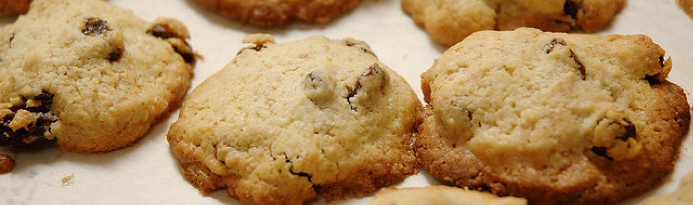 Ricetta biscotti etruschi con farro e uvetta