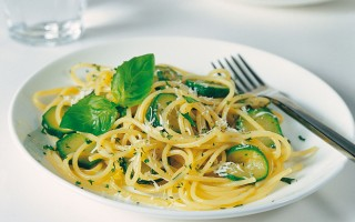 Ricetta spaghetti alle zucchine