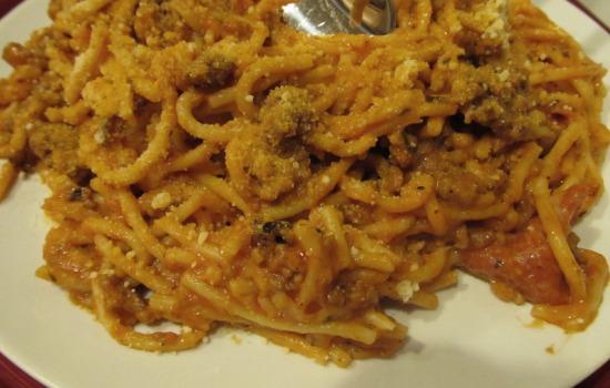 Spaghetti aglio, olio e pane fritto