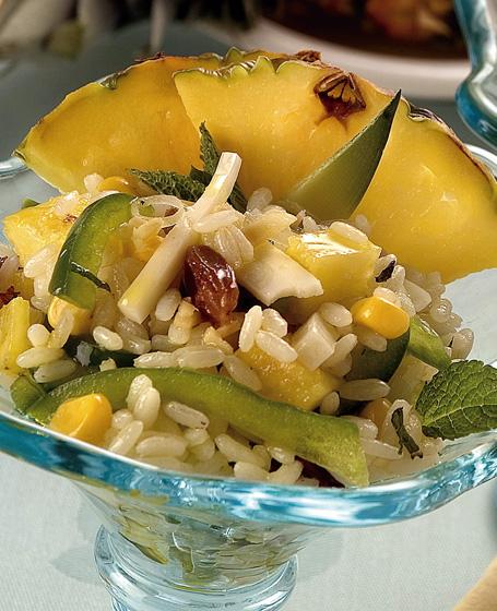 Insalata di riso con ananas