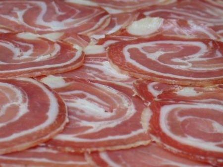 Ricetta pancetta di maiale brasata