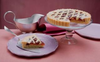Ricetta crostata con marmellata d'uva