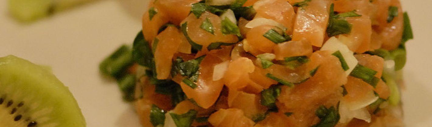 Ricetta tartare di salmone all'aneto