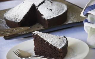 Ricetta torta al cacao, senza uova e senza latte
