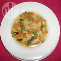 Minestra di pollo e verdure