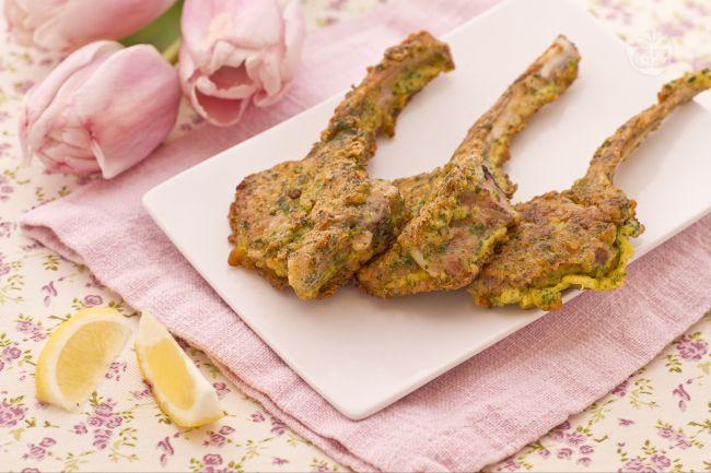 Ricetta costolette d'agnello parmigiano e prezzemolo
