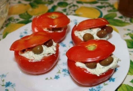 Ricetta pomodori ripieni di caprino