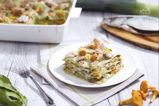 Ricetta lasagne al ragù di sgombro e funghi