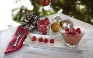 Ricetta mousse al cioccolato con lamponi cristallizzati