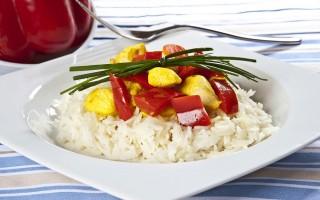 Ricetta basmati, pollo, peperoni e curcuma