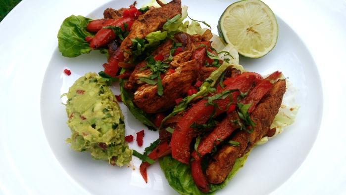 Tacos di pollo e guacamole
