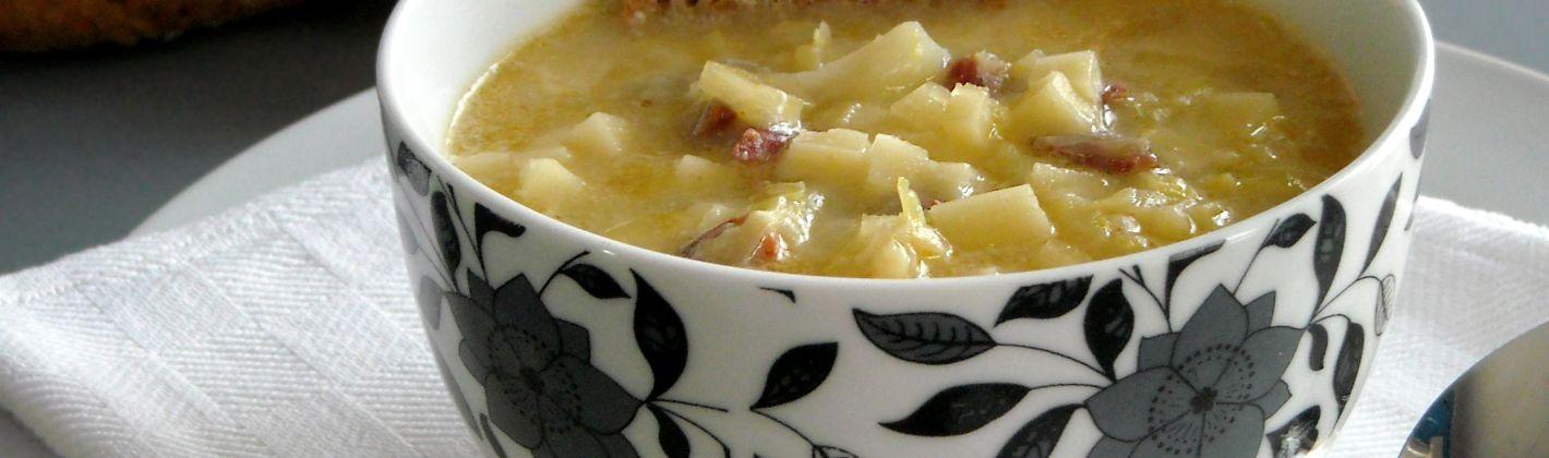 Ricetta zuppa di verze con provola