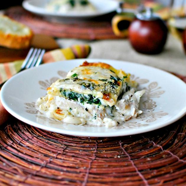 Lasagne in bianco con pollo e formaggio