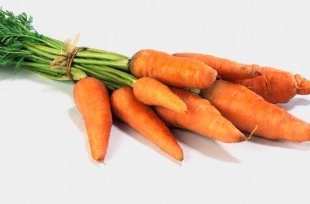 Ricetta carote con zenzero e panna acida