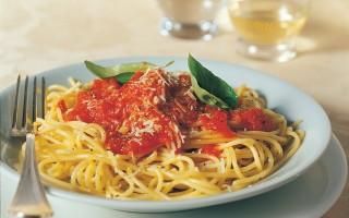 Ricetta spaghetti alla salsa di pomodoro