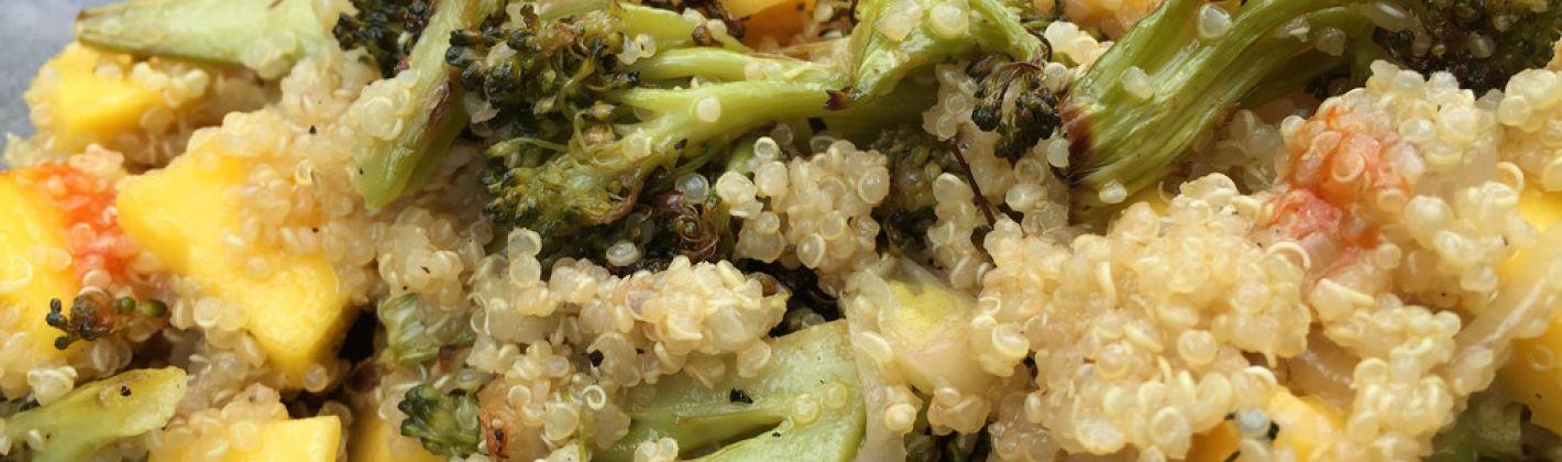 Ricetta quinoa con broccoli e mango