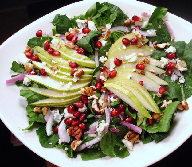 Ricetta insalata con pere e melograno